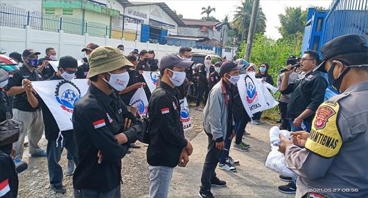 Demo di PT KBC , 3 Tuntutan FSB GARTEKS Kabupaten Serang Dipenuhi