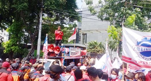Demo Masalah Pemblokiran Rekening, KSBSI Anggap Ketua PN Jakarta Pusat Pengecut